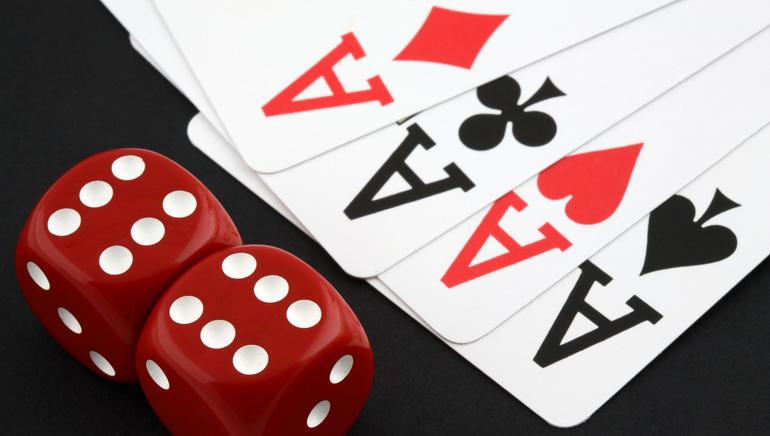 First Web Casino Spiele